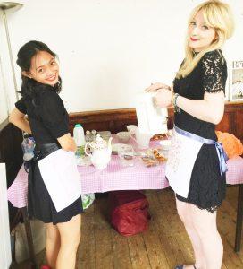 Astri & Amanda prepping teas!