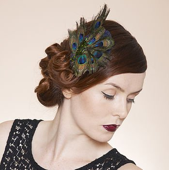 How To Wear A Fascinator